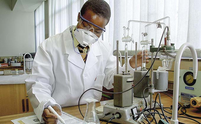 Lab examine